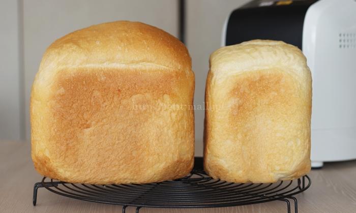 MKホームベーカリー 1.5斤のパンと1斤のパンの大きさ比較