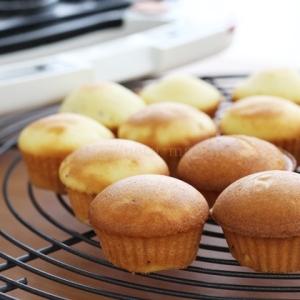 ビタントニオ ワッフル&ホットサンドベーカー カップケーキ
