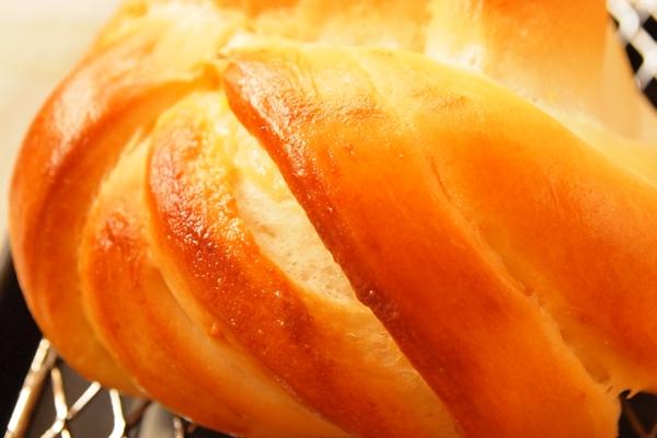 ねじりクリームパンの作り方