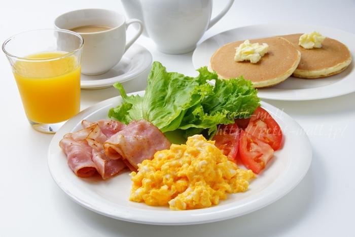 BURUNOコンパクトホットプレートで朝食作り