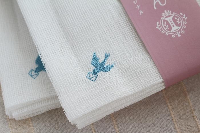 白雪ふきんとイノブンのコラボ 青い鳥の刺繍入り