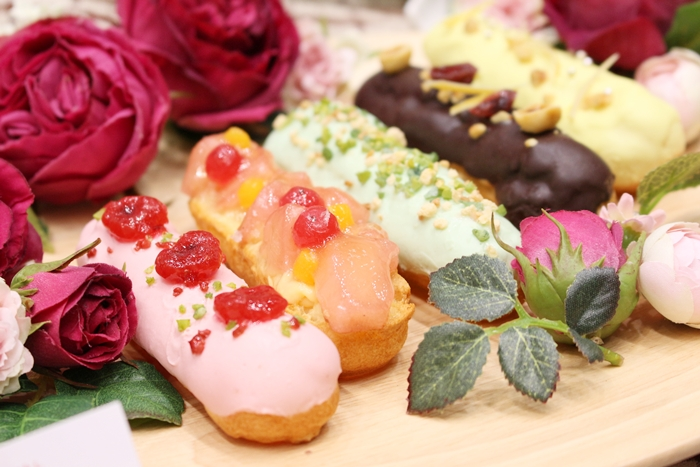 日比谷花壇 お花のスイーツ ローズエクレア