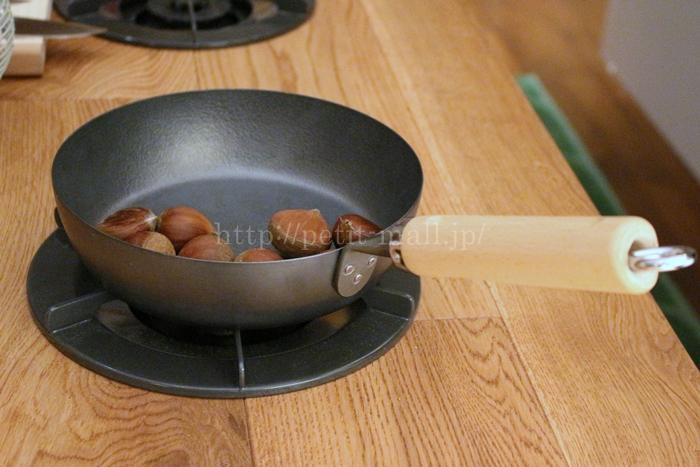 ベルメゾンデイズ 手入れのしやすさを考えた鉄製フライパン