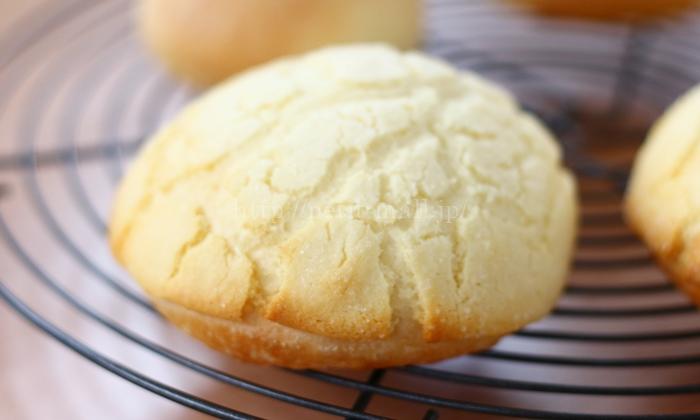 冷凍パン生地で作るメロンパン