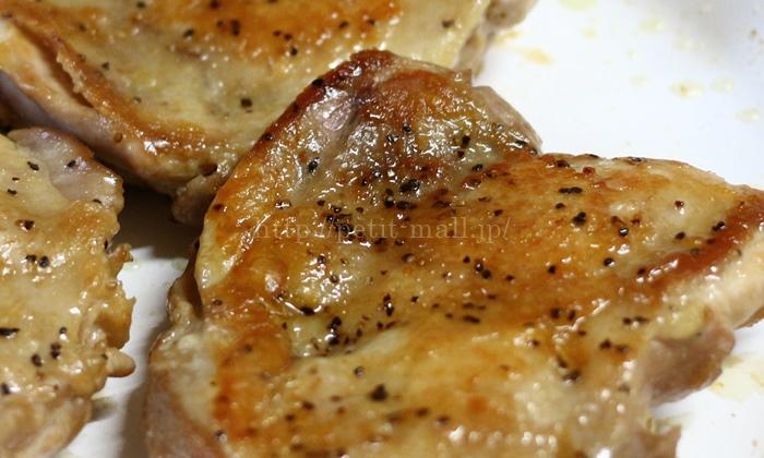 セラフィットプレミアで鶏肉のソテーを作ると皮がパリパリ