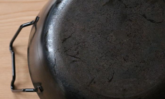 鉄の揚げ鍋 5年後の様子なべ底