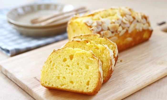 アーモンドたっぷりのパウンドケーキ