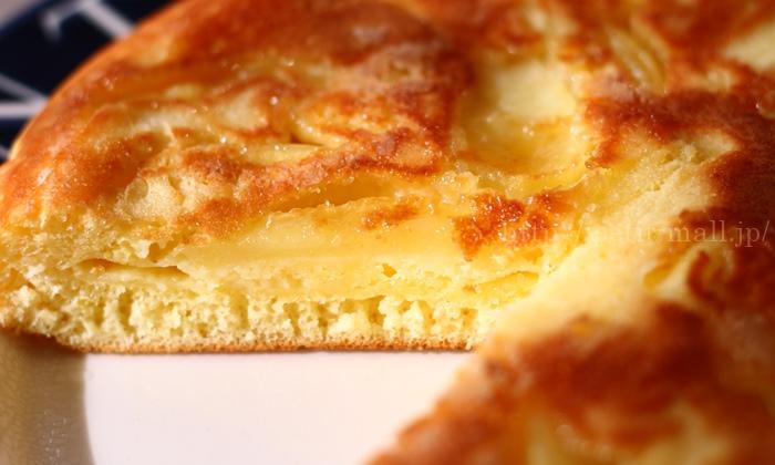 ホットケーキミックスで作る焼きリンゴケーキ