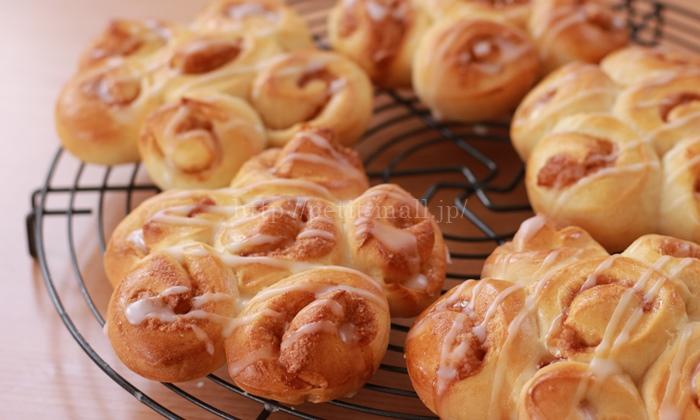 30分で作るパン シナモンロール完成