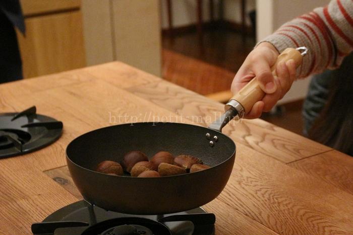 ベルメゾンデイズ 手入れのしやすさを考えた鉄製フライパン 持ちやすい持ち手