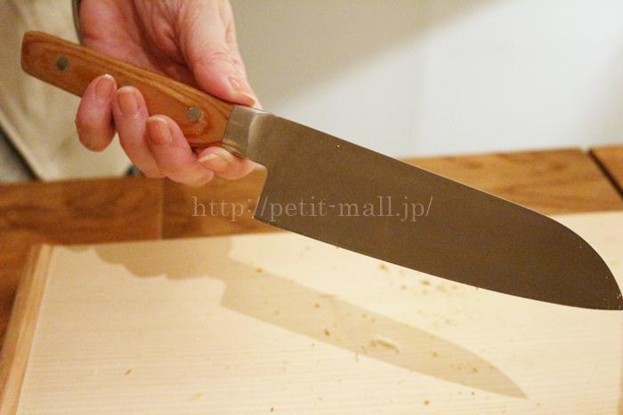 燕三条で作るギザ刃包丁[日本製]