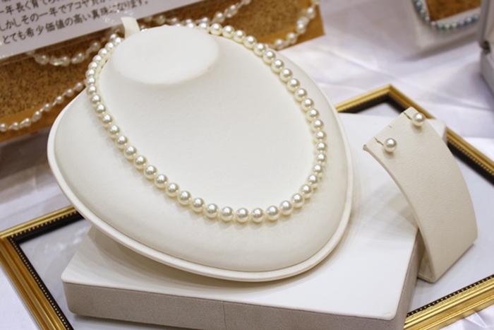 真珠専門店 聖和のパールネックレスとイヤリング