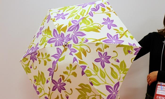 日比谷花壇 母の日 nugoo「折畳晴雨兼用日傘」とアレンジメントのセット