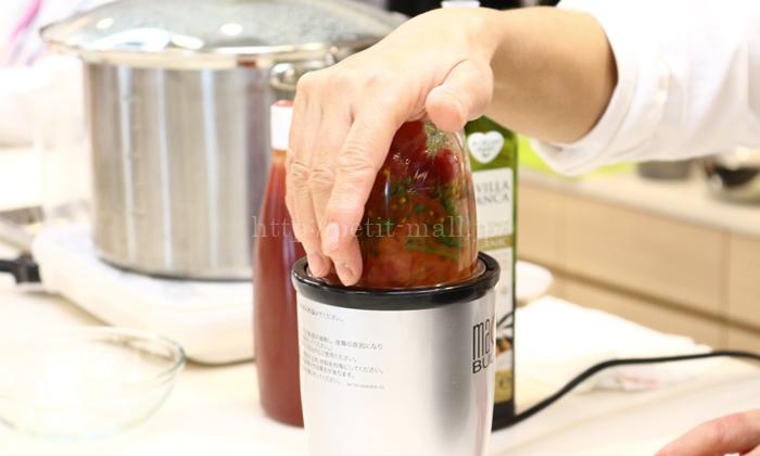 マジックブレッドで作るトマトソース