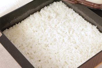 トースターパンで炊いた白米
