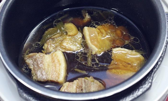 sirocaマイコン電気圧力鍋クックマイスターで作った豚の角煮
