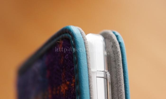 ハリスツイードのスマホケース 丁寧な縫製