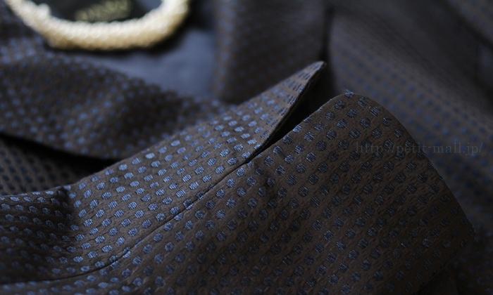 フェラル社 シルクドットジャガードスーツ 袖口はスリット入り