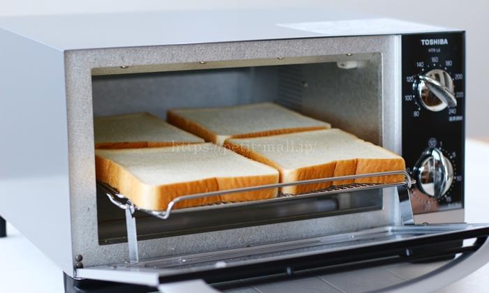 東芝オーブントースター HTR-L6 一度に4枚の食パンが焼けます